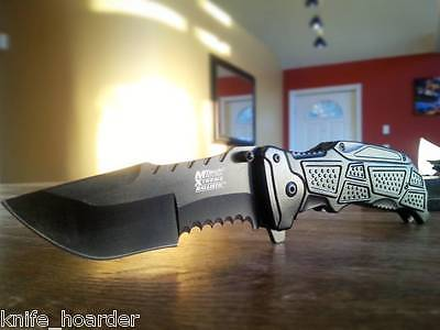 Counter-Strike CSGO Huntsman Pocket Knife Spring Assisted Call of Duty Ghosts Blade