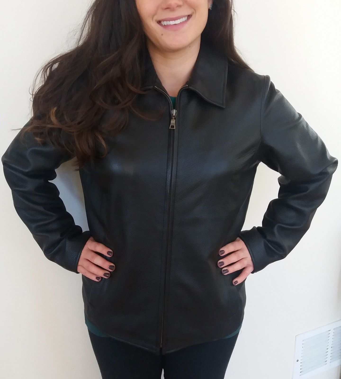 Ladies Eddie Bauer Black Leather Jacket M Medium Lined Short Coat Aviator Womens